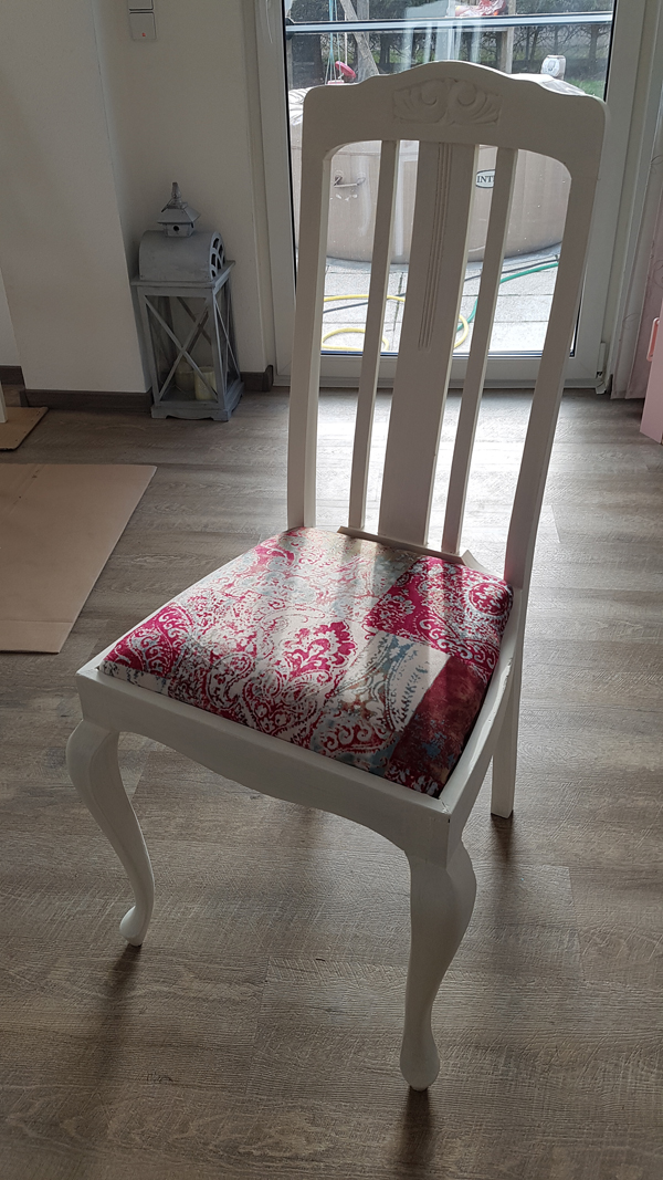 Before And After Pictures Of Amalfi40 Fabric Chairs By Roland